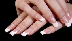 manucure faux ongles