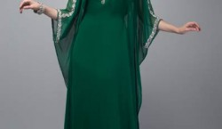 Robe orientale verte